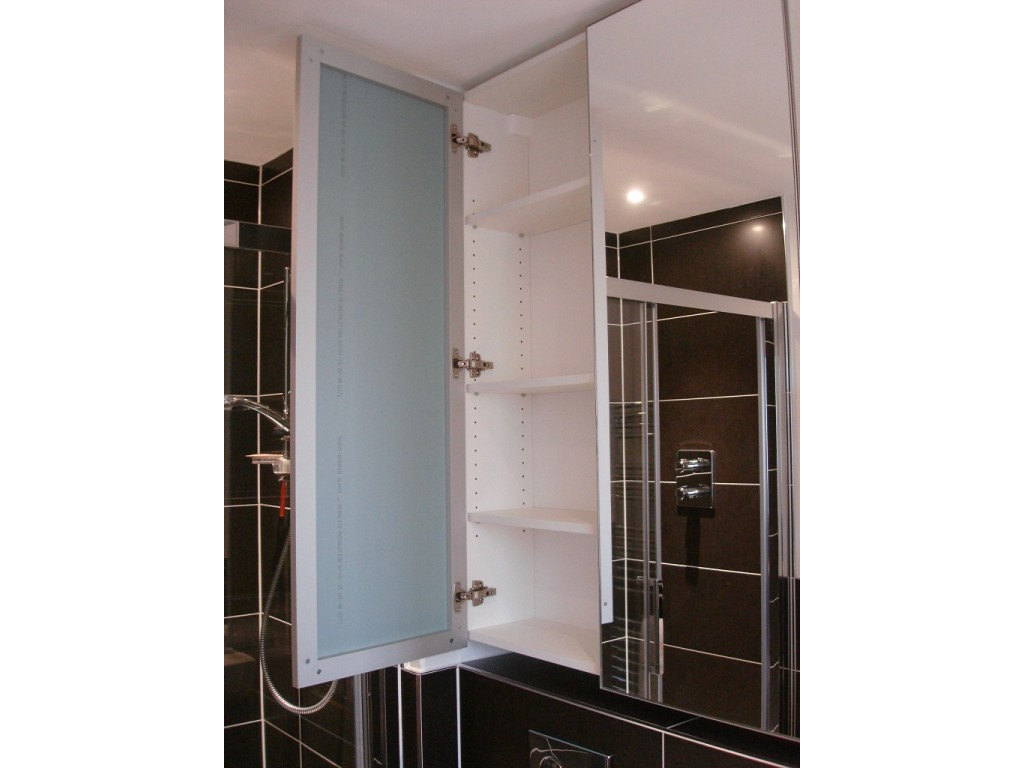 Made to measure luxury bathroom mirror cabinets glossy home for Bathroom mirror cupboard