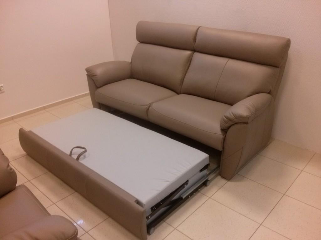 Porto 2 seat Sofa bed